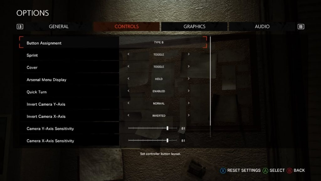 This image shows the Controls option menu. In this menu you can adjust the Controller type, change the hold or toggle options for sprint, cover and the arsenal menu, as well as turn aim assist on.