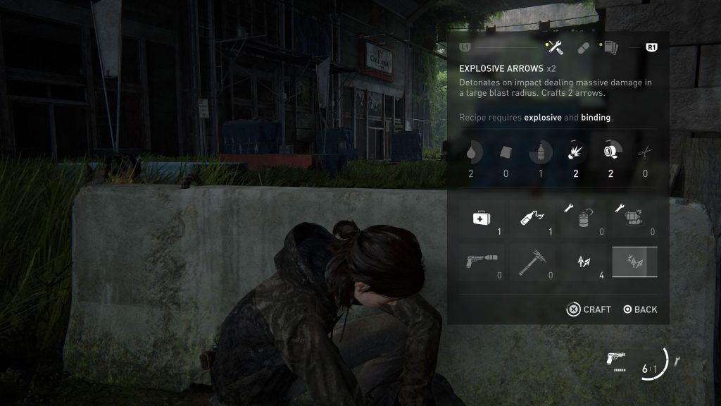 Screenshot of the backpack menu with explosive arrows being crafted.