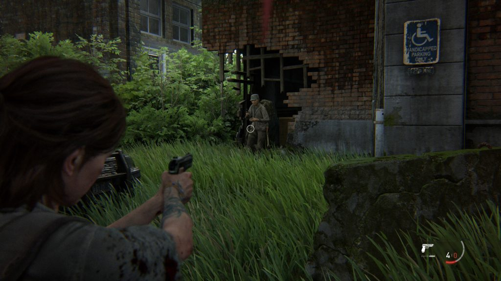 Screenshot showing Ellie aiming, whilst using the Slow Motion While Aiming option.